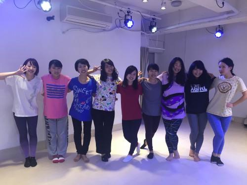 アイドルダンスが習えるダンススクールなら
