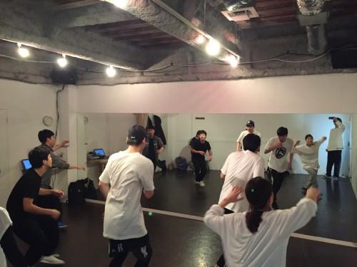 男性ダンス初心者も大歓迎なダンススクールです!